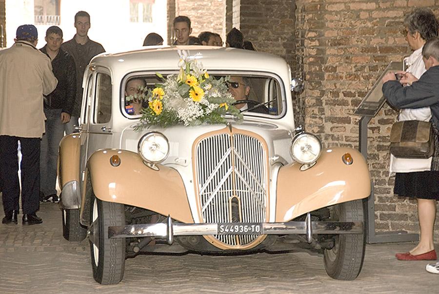 auto d\'epoca matrimonio